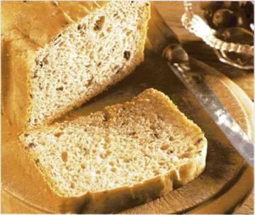 Хлеб с маслинами и орегано