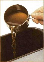 Булка с пряностями и чаем